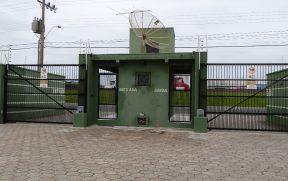 Portão Automático de Entrada e Saída