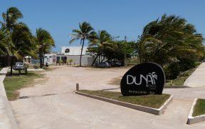 Entrada e Estacionamento do Duna Beach