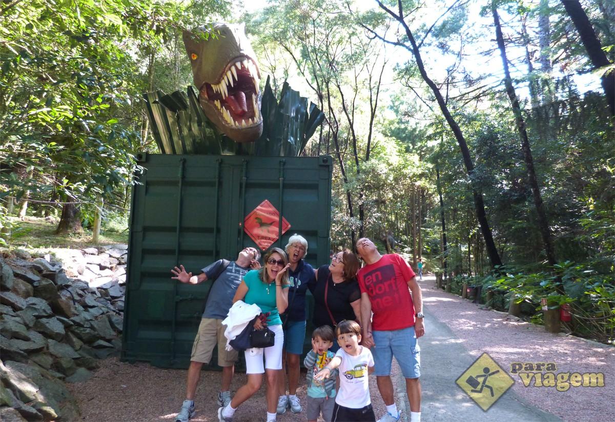 Família em Foto no Vale dos Dinossauros