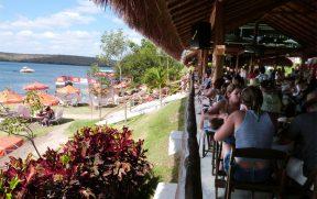 Restaurante Karrancas de Frente para o Rio