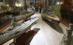 Miniaturas de Embarcações do Capitão Jack