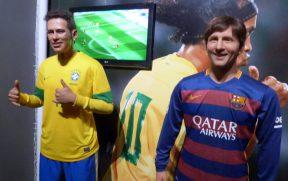 Neymar e Messi no Museu de Cera