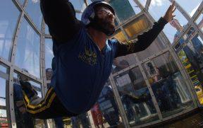 Fazendo Skydiving na Wind Up