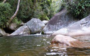 Cachoeira e Poço Dois Irmãos