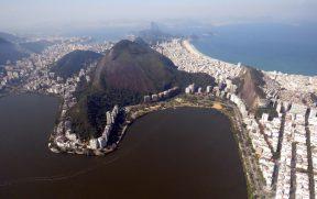 Lagoa e Praia de Copacabana