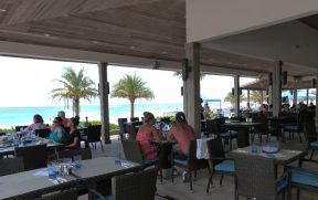 Bar da praia em Bimini