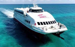 Ferry boat da FRS Caribbean