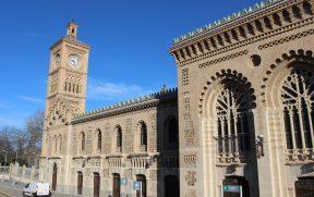 A bonita estação de Toledo, em estilo mudéjar