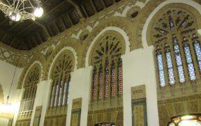 O interior da estação de Toledo