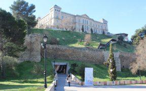 Dá pra subir ao centro histórico de escada rolante