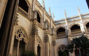 O claustro do M. San Juan de los Reyes