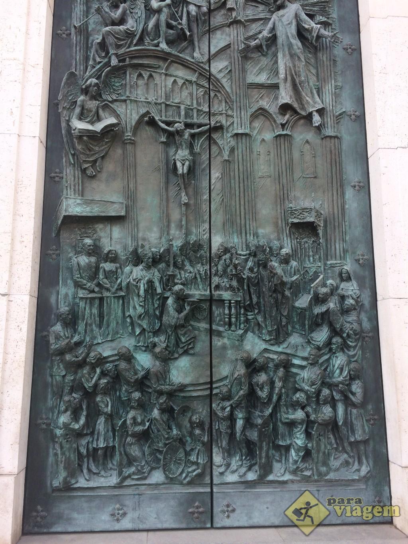 Porta da Catedral de Almudena