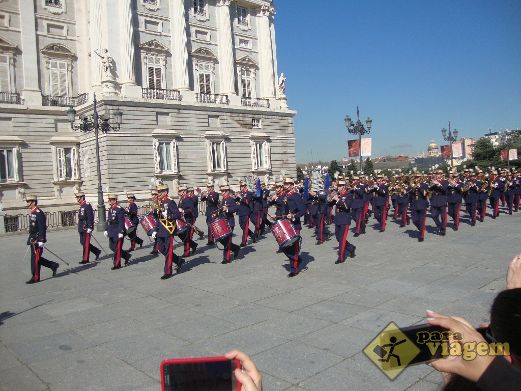 Chegada dos oficiais para a cerimônia