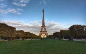 Champ de Mars e Torre Eiffel