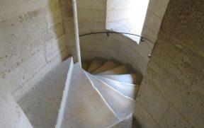Escadas da Torre de Notre Dame