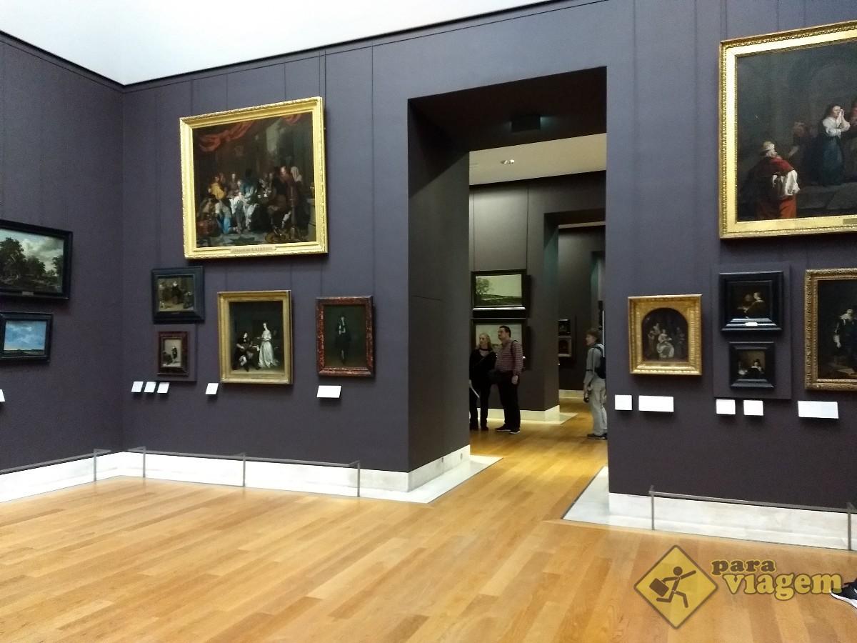 Pinturas no Museu do Louvre