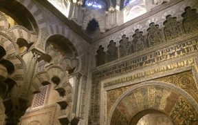 Um belo exemplar de arte islâmica