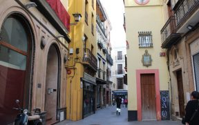Na siesta, Sevilha fica praticamente às moscas...