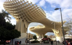 O diferente Metropol Parasol (ou Setas de Sevilha)