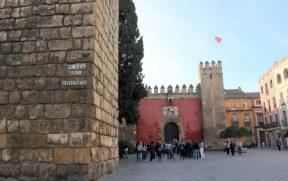 Acesso ao Real Alcázar de Sevilha
