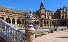 Canal da Plaza de España em Sevilha