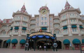 Entrada do Parque Disneyland Paris