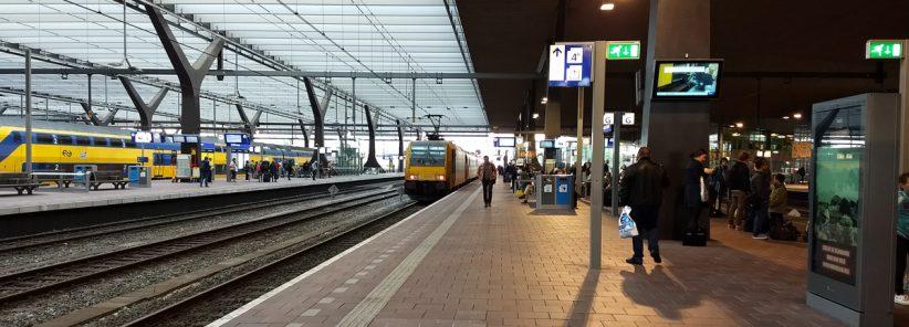 Plataforma de Trem na Europa