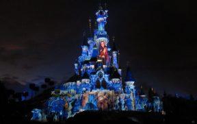 Projeção no Castelo Durante o Disney Illuminations
