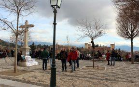 Mirador San Nicolás no Albaicín: vista pra Alhambra