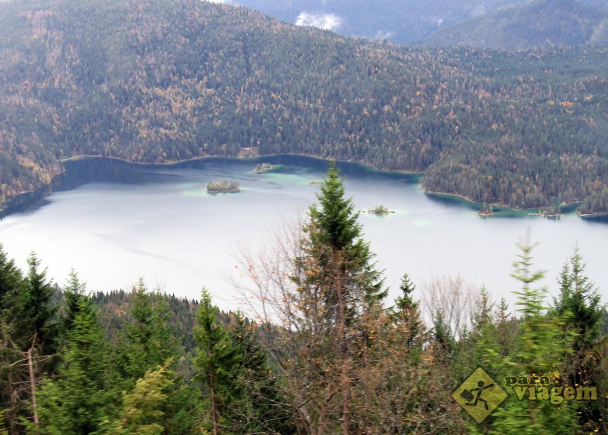 Lago Eibsee Visto do Trem