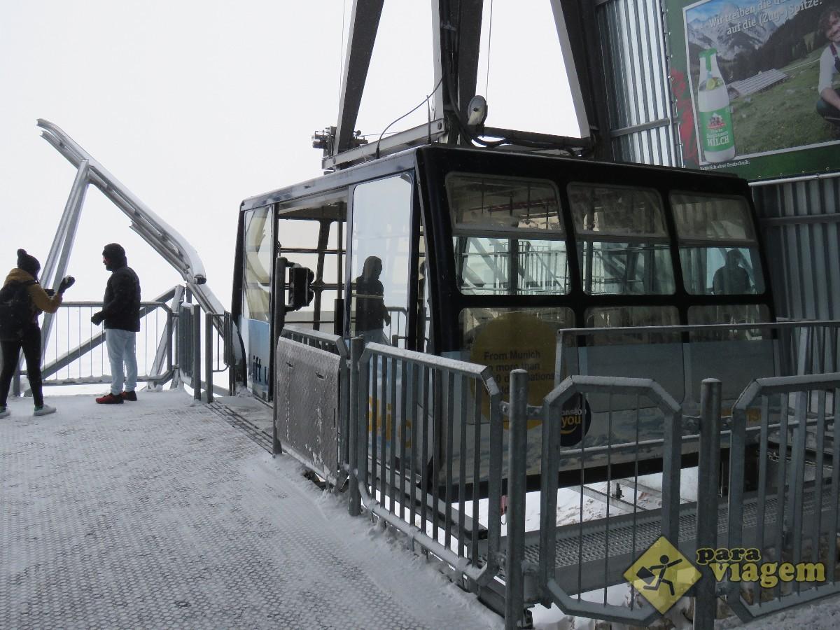Teleférico que Leva ao Topo do Zugspitze