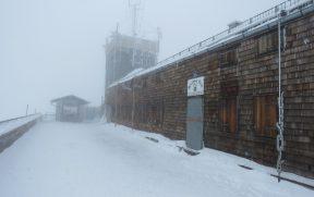 Topo do Zugspitze com Muita Neve