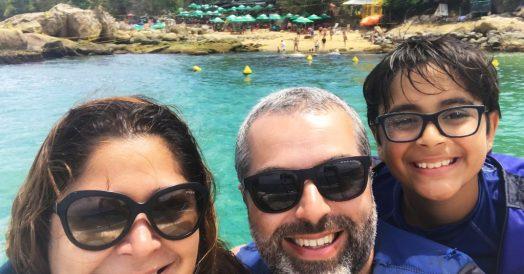 Família na Praia de Calhetas