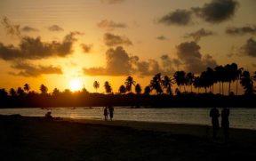 Pôr do sol no Pontal de Maracaípe