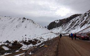 Caminhada de 2 km até a represa