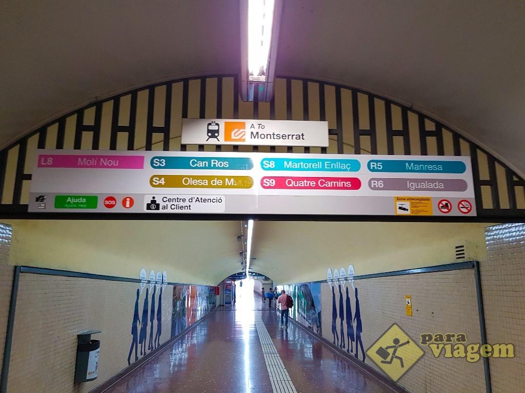 Sinalização na estação Espanya