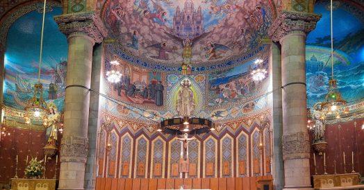 Altar do Temple Expiatori del Sagrat Cor