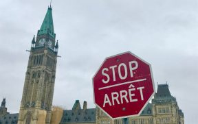 No Canadá se fala inglês e francês