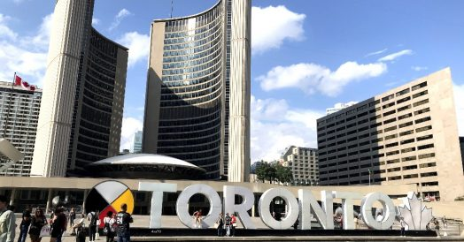 3D Toronto Sign e a Prefeitura