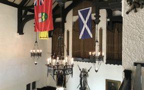 A Casa Loma foi feita estilo um castelo medieval