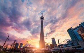 Visita à CN Tower Em Toronto: O Que Preciso Saber?