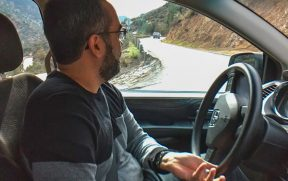 Dirigindo um Carro Alugado no Caminho Farellones
