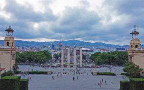 Vista da Pç. de Espanya e da Font Màgica a partir do MNAC