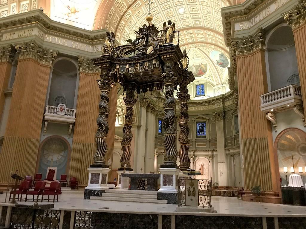 Uma réplica menor da Basílica de São Pedro