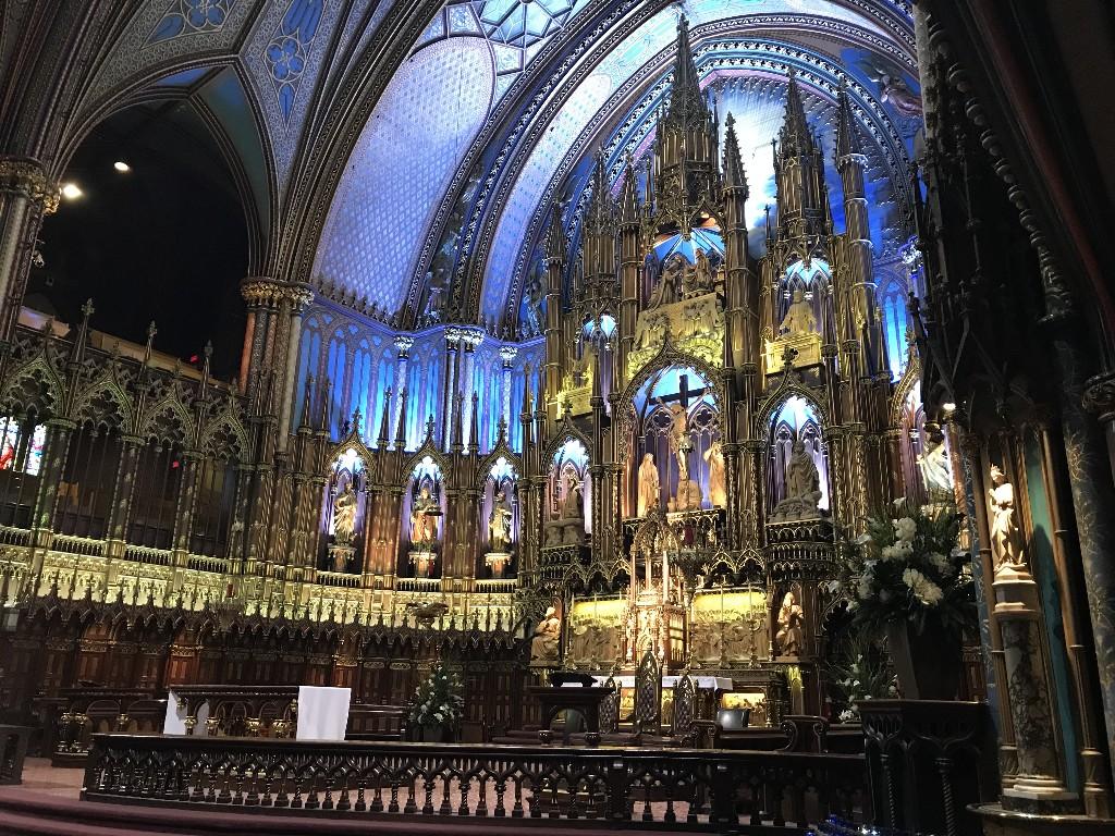 O lindo altar da Notre-Dame de Montreal