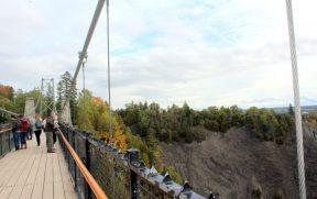 Ponte suspensa sobre a Catarata Montmorency
