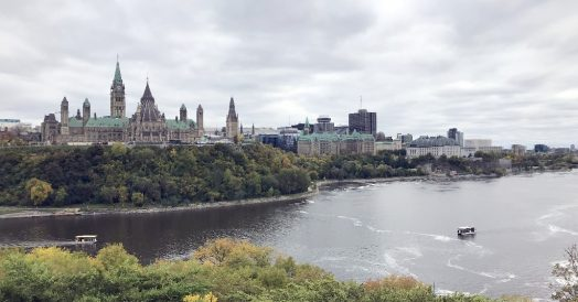 Nepean Point: Vista de Ottawa