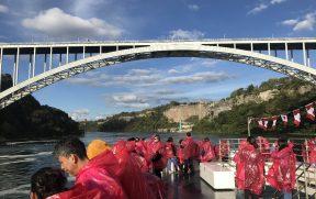 A Rainbow Bridge liga Canadá e EUA