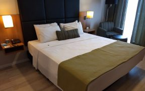 Cama Queen do Comfort Ibirapuera