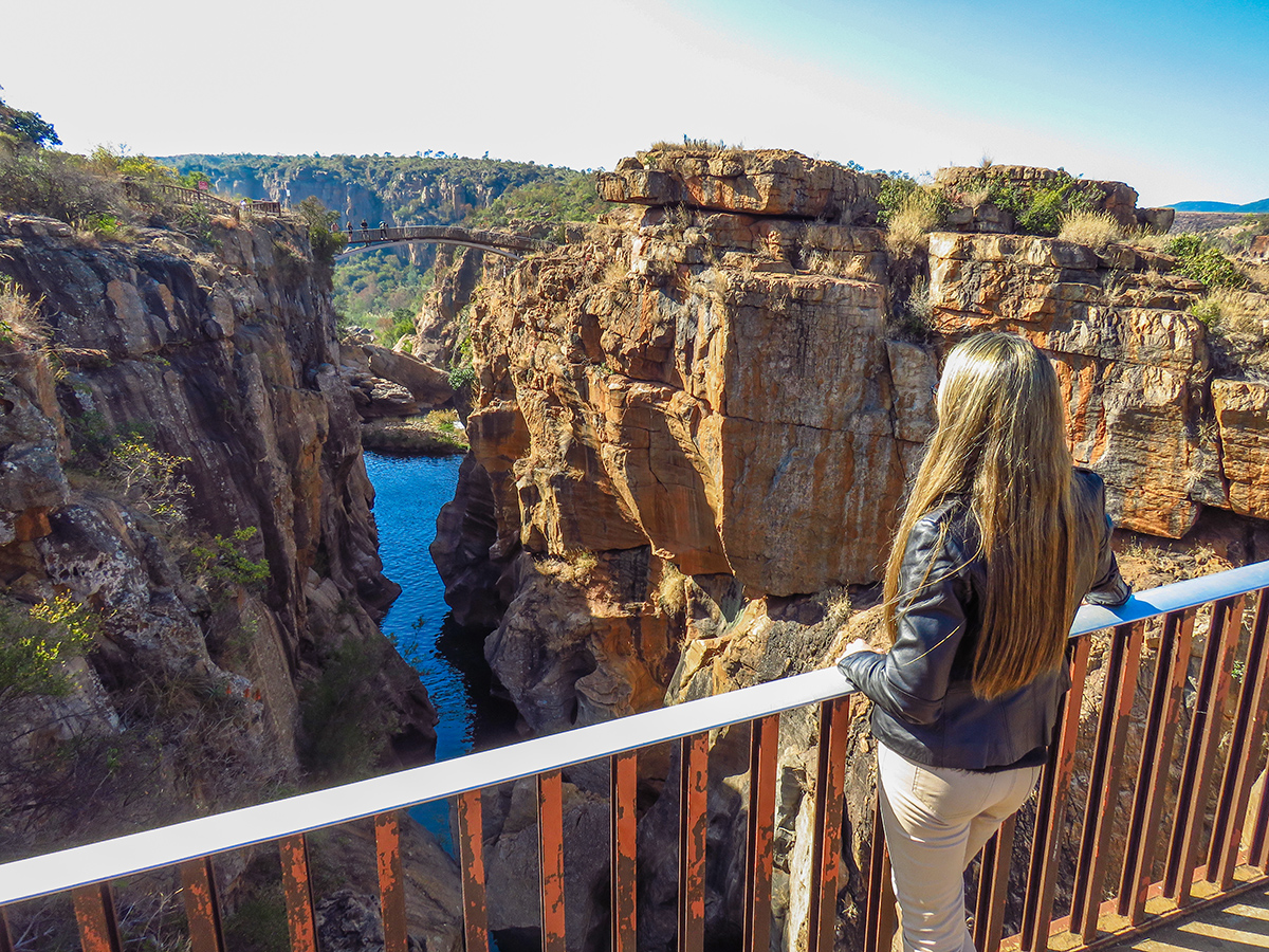 Curtindo a Vista do Bourke's Luck Potholes
